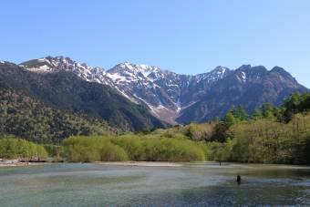 五月晴れの大正池